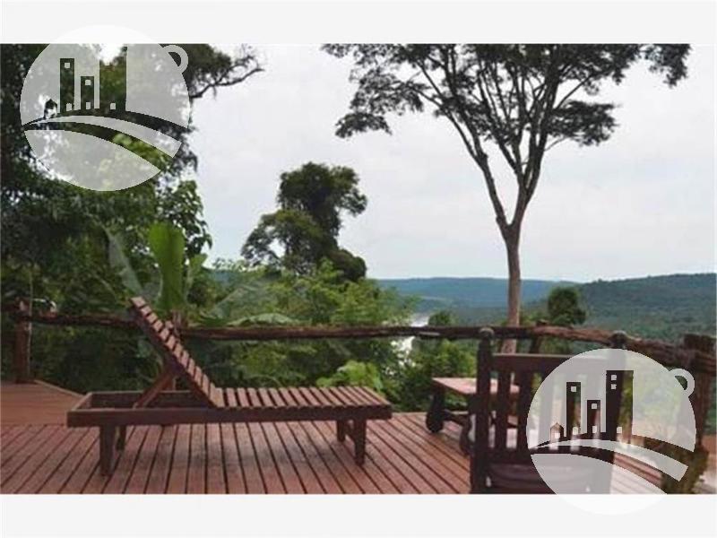 Foto Hotel en Venta en  El Soberbio,  Guarani  CONFIDENCIAL