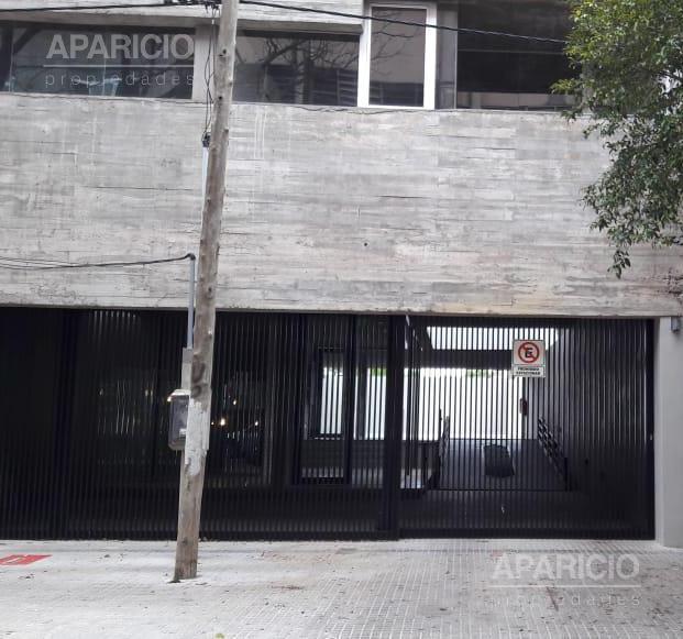 Foto Cochera en Alquiler en  La Plata ,  G.B.A. Zona Sur  65 entre 14 y 15