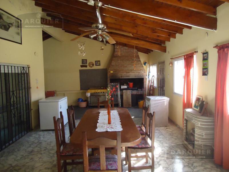 Foto Casa en Venta en  Adrogue,  Almirante Brown  ITUZAINGO 183
