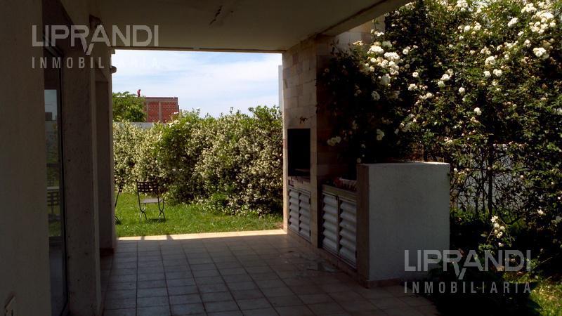 Foto Casa en Venta en  Jardin Claret,  Cordoba  Bv. Los Extremeños al 4900