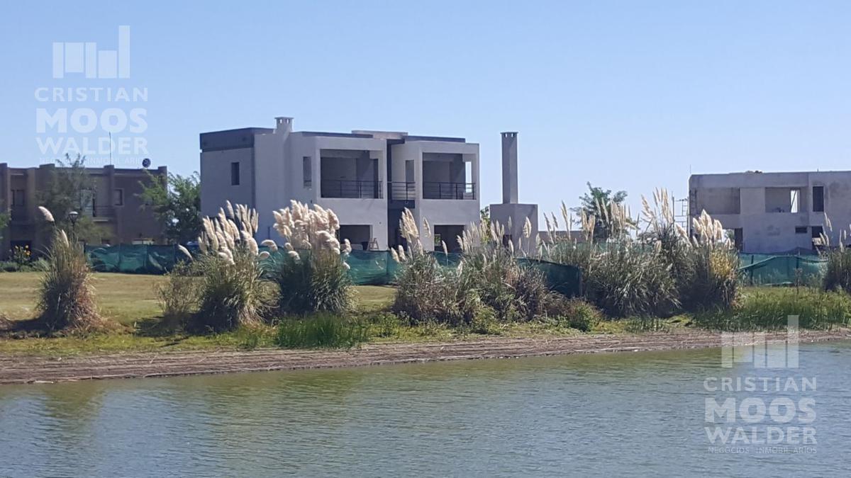 Foto Casa en Venta en  El Canton - Norte,  Countries/B.Cerrado  El Canton - Norte