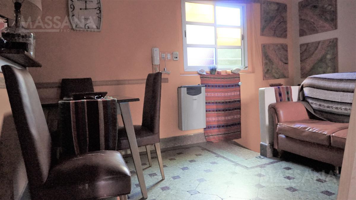 Foto PH en Venta en  Villa Crespo ,  Capital Federal  ROJAS al 2000