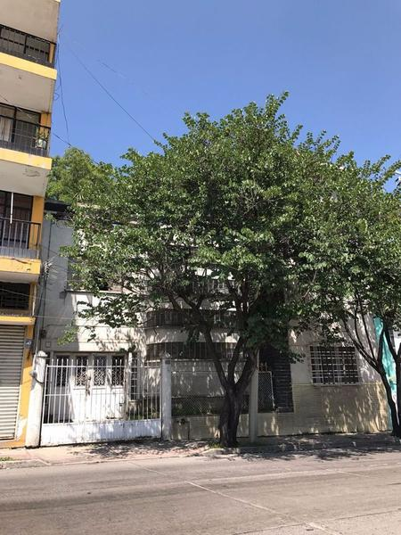 Foto Casa en Venta |  en  Bellavista,  León  Casa en venta Calle Antillon, Leon Gto.