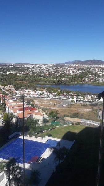 Foto Departamento en Venta en  Fraccionamiento Cumbres del Lago,  Querétaro  Departamento  en preventa en Juriquilla con vista al lago