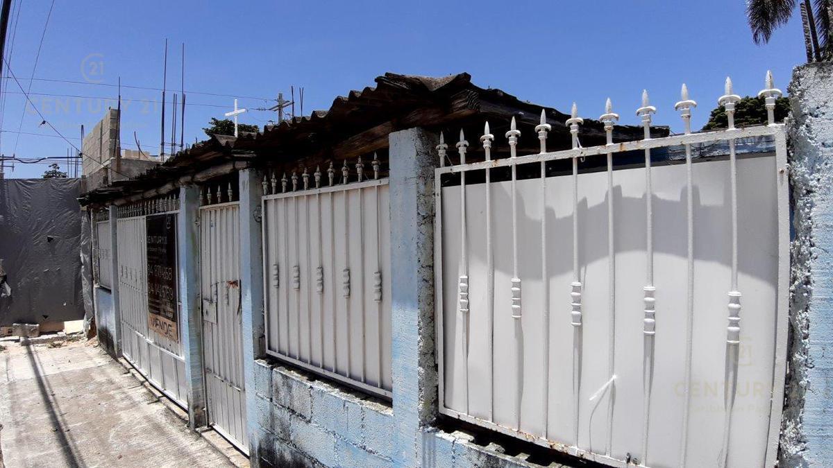 Playa del Carmen Centro House for Sale scene image 0