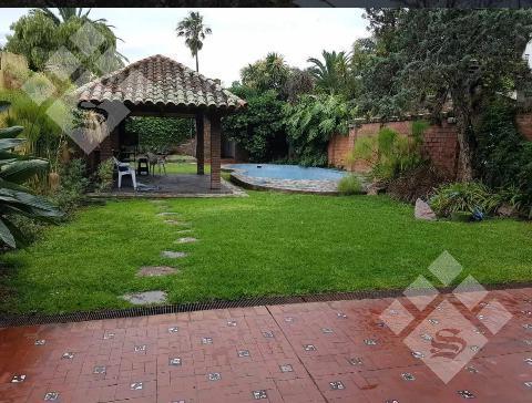 Foto Casa en Venta en  Castelar Norte,  Castelar  Castelar Norte