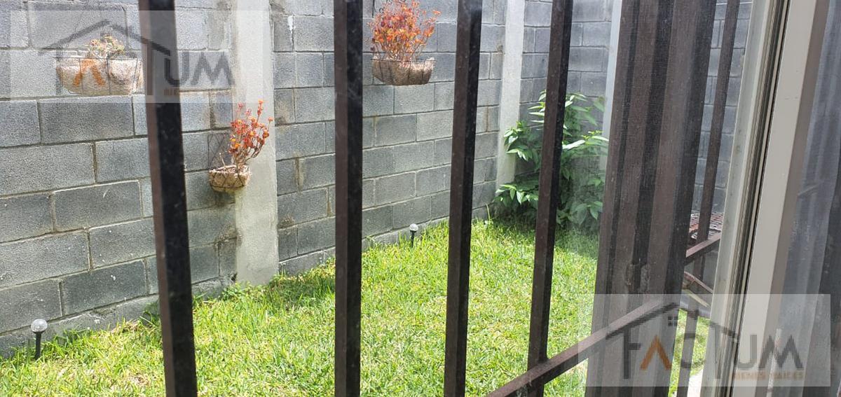 Foto Casa en Venta en  Apodaca ,  Nuevo León  CASA EN VENTA RESIDENCIAL CAPELLANIA, APODACA, N.L.