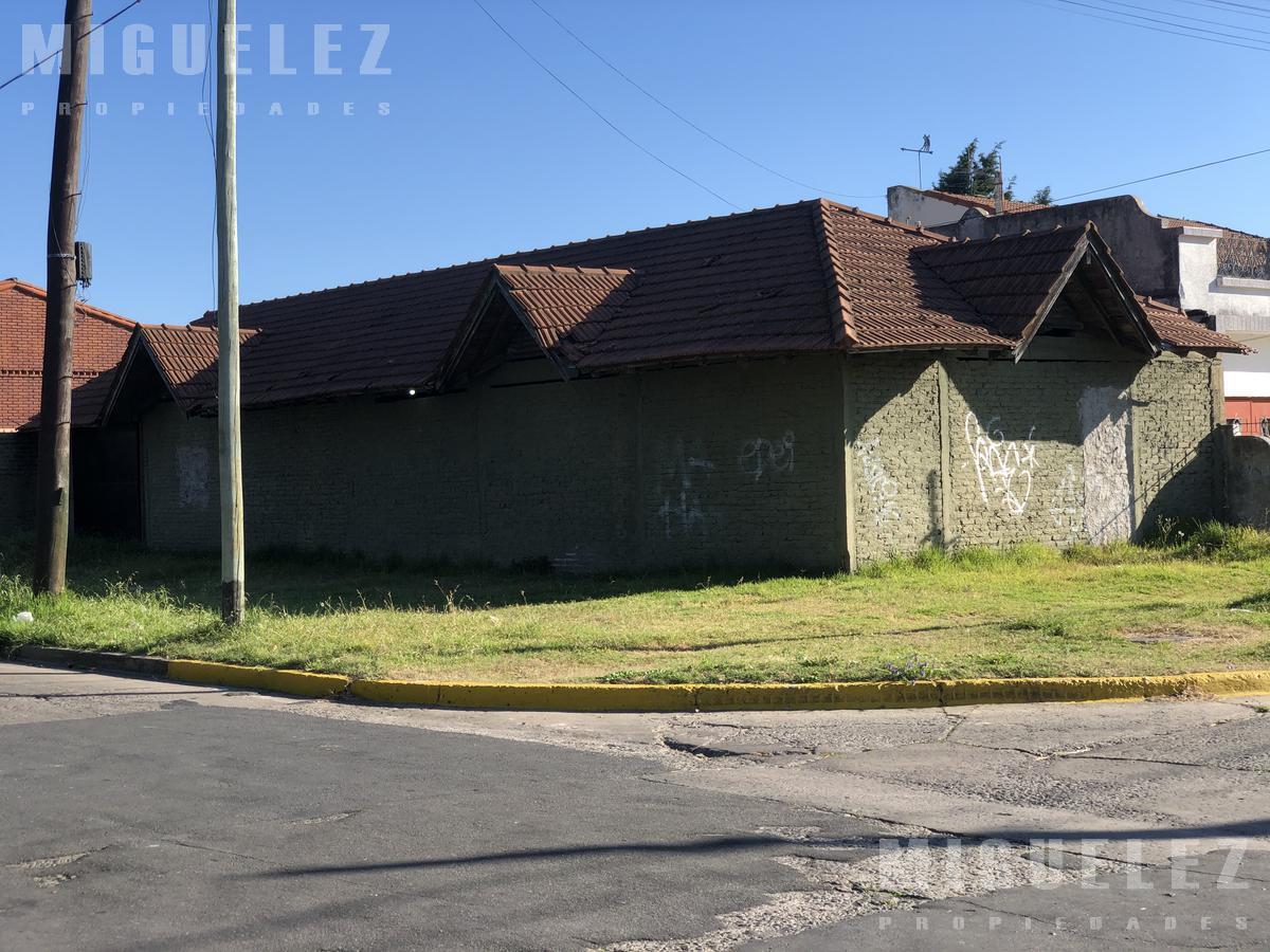 Foto Terreno en Venta en  Banfield,  Lomas De Zamora  lote venta banfield YAPEYU 1609