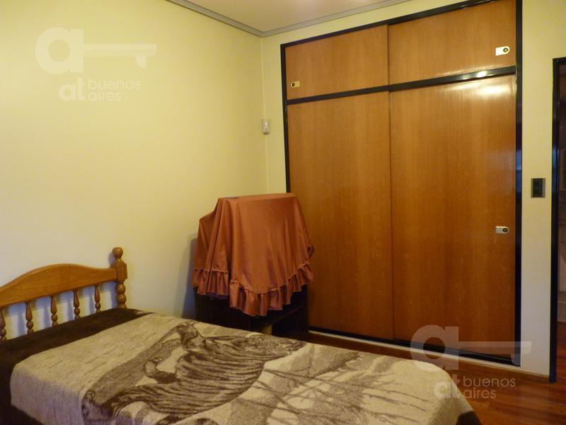 Foto Casa en Venta en  B.Naon,  Liniers  Pizarro al 7600, entre Gral Paz y Saladillo