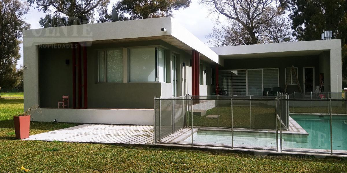 Foto Casa en Venta en  El Paraiso,  Countries/B.Cerrado (San Vicente)  El Paraiso Country Club