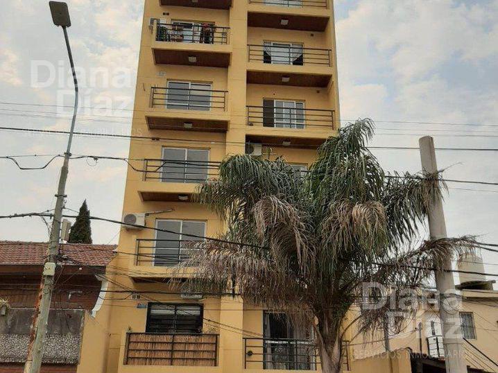 Foto Departamento en Venta en  Martin Coronado,  Tres De Febrero  Av. Alem al 7200