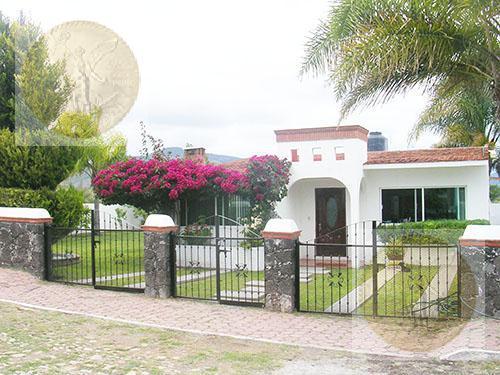Foto Casa en Venta en  Ciudad Tecozautla,  Tecozautla  Excelente casa en un hermoso lugar