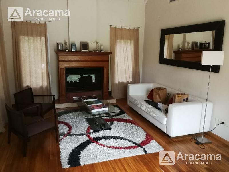 Foto Casa en Venta | Alquiler en  Saint Thomas,  Countries/B.Cerrado (E. Echeverría)  Saint Thomas Norte