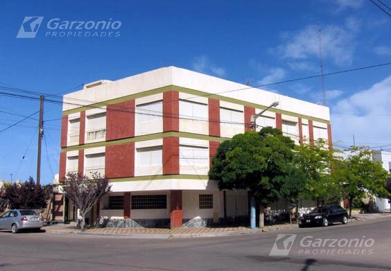 Foto Departamento en Alquiler en  Trelew ,  Chubut  Mitre esq. Chile