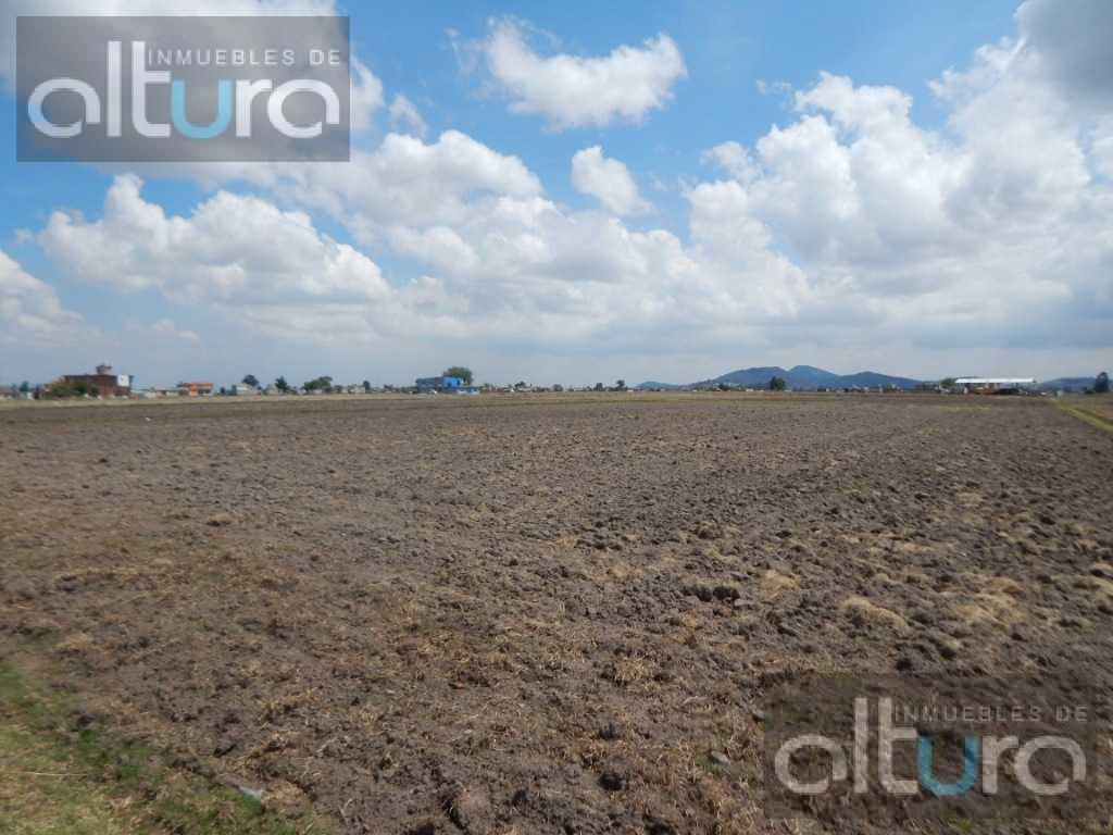 Foto Terreno en Venta en  Toluca ,  Edo. de México  CALLE PARCELA  1368Z1PA/4,  COLONIA CALIXTLAHUACA, TOLCA MÈXICO, C.P. 50280, TESH0170