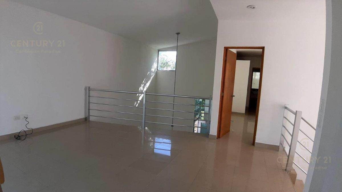 Fraccionamiento Playacar Fase II House for Sale scene image 21