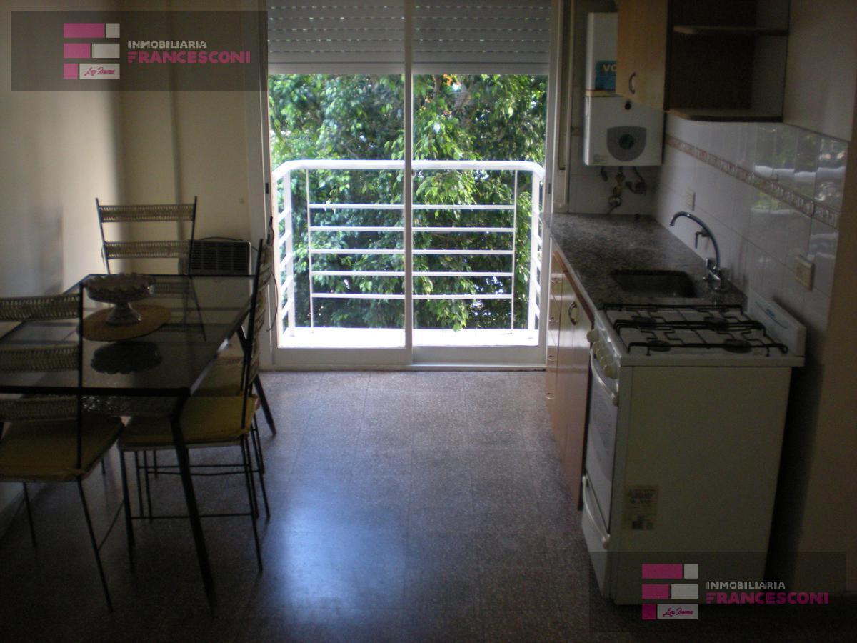 Foto Departamento en Alquiler en  La Plata ,  G.B.A. Zona Sur  46 1 y 2