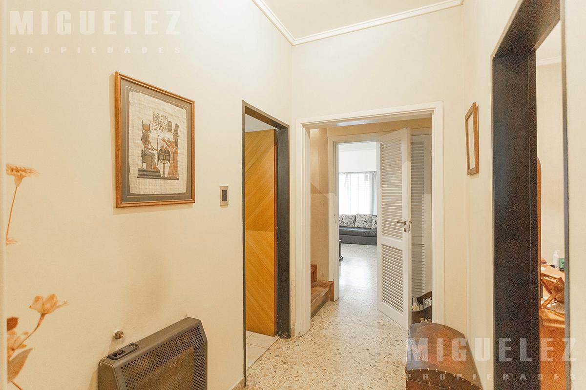 Foto Casa en Venta en  Lomas De Zamora ,  G.B.A. Zona Sur  DIAZ VELEZ 348, LOMAS DE ZAMORA