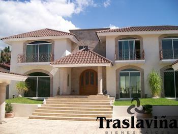 Foto Casa en Venta |  en  Balcones del Campestre,  León  Preciosa y Lujosa Casa en Zona Norte