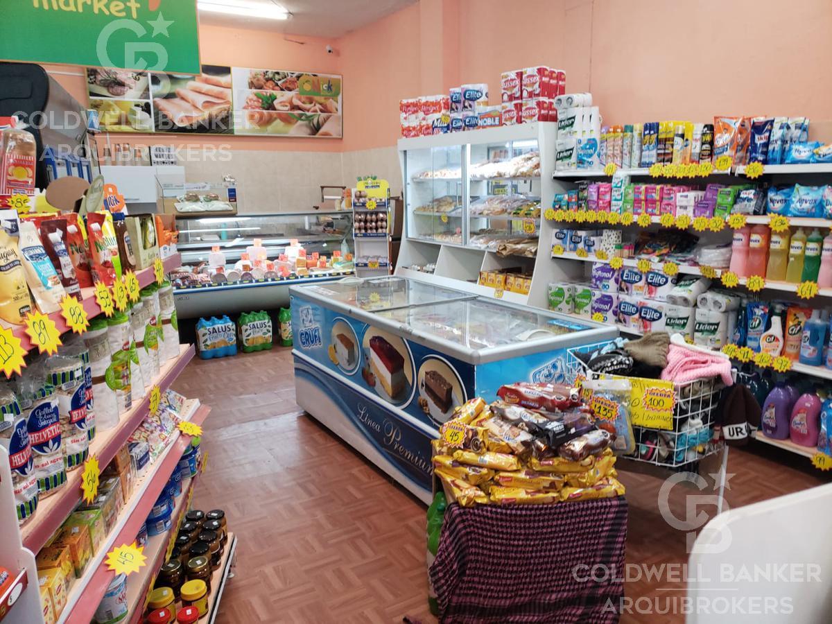 Foto Local en Venta en  Cordón ,  Montevideo  Llaves de supermercado en venta en Cordón