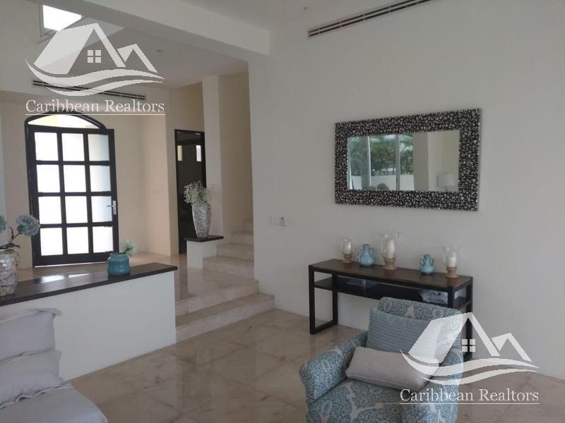 Foto Casa en Renta en  Cancún ,  Quintana Roo  Casa en Renta en Isla Dorada Cancun/Zona Hotelera/Isla Amorosa
