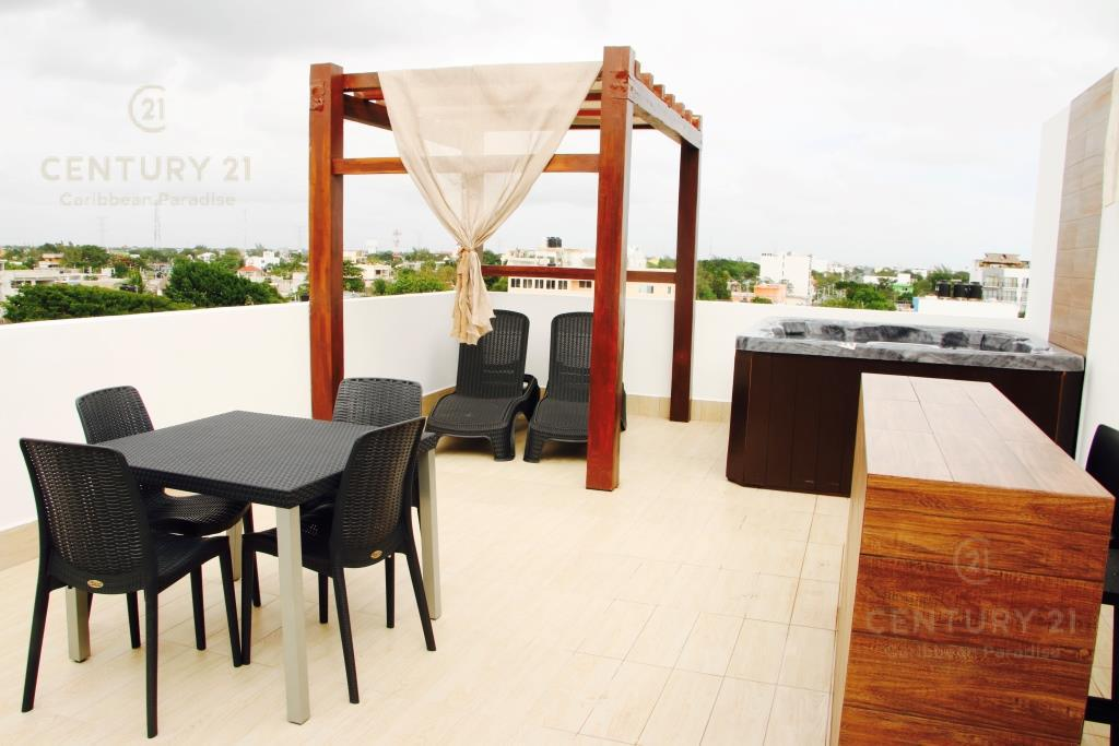 Playa del Carmen Commercial Building for Sale scene image 19