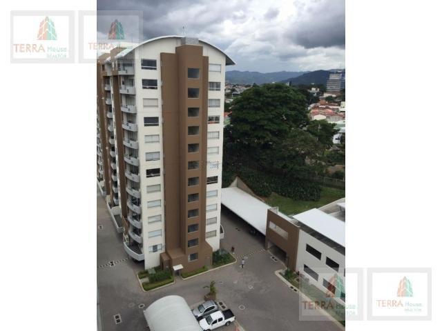 Foto Departamento en Venta |  en  Mata Redonda,  San José  La Sabana, Penthouse