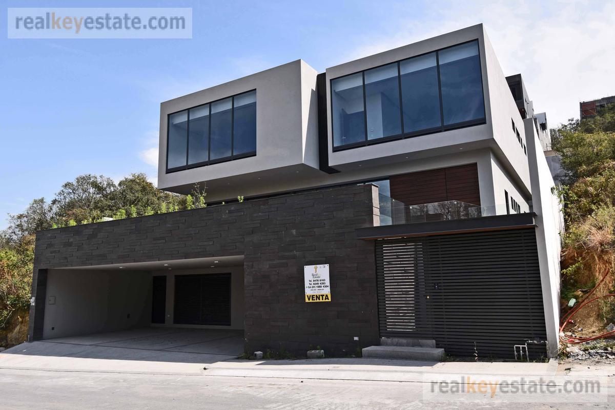 Foto Casa en Venta en  Sierra Alta 9o Sector,  Monterrey  CASA EN VENTA EN SIERRA ALTA NOVENO SECTOR, MONTERREY