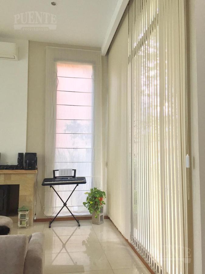 Foto Casa en Venta en  Saint Thomas,  Countries/B.Cerrado (E. Echeverría)  Saint Thomas Este Venta con Renta