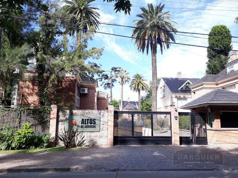 Foto Casa en Venta en  Adrogue,  Almirante Brown  AVELLANEDA 749 - ALTOS DE ADROGUE