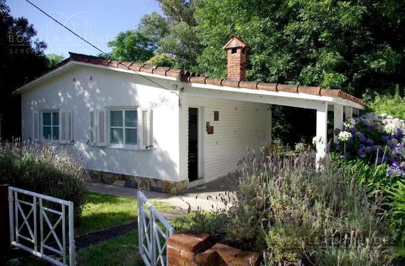 Foto Casa en Venta en  Rinconada,  Piriápolis  Salta entre Urquiza y Sarmiento a pasos de todo
