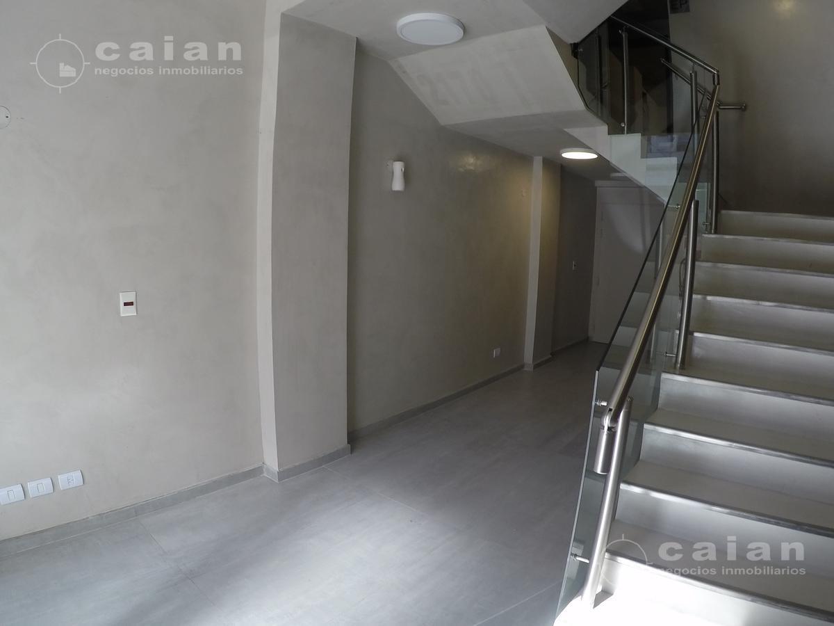 Foto Departamento en Venta en  Recoleta ,  Capital Federal  Viamonte 2168, Piso 2 C