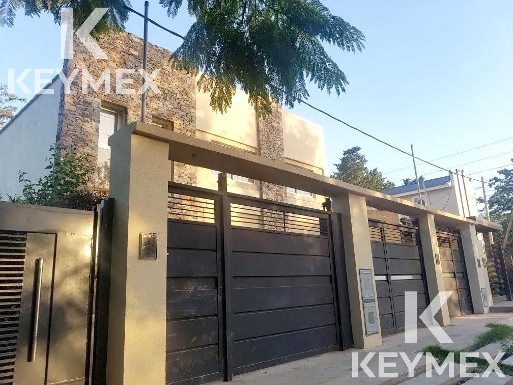 Foto PH en Venta en  City Bell,  La Plata  Hermoso Duplex City Bell 462 E/ 21 Y 21 A