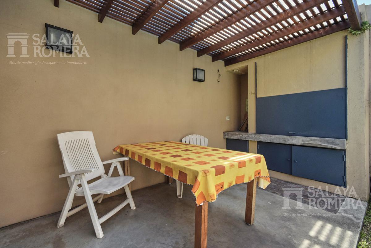 Foto Casa en Venta en  La Lucila,  Vicente Lopez  Vicente Lopez y Planes al 600
