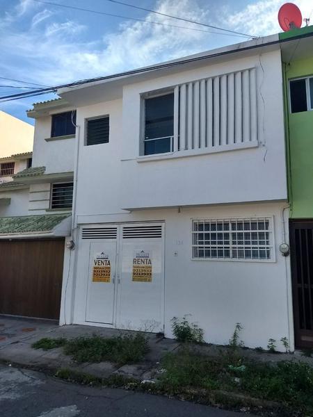 Foto Casa en Venta | Renta en  Reforma,  Veracruz  entre Cristobal Colón y Rafael Freyre, Fraccionamiento Reforma