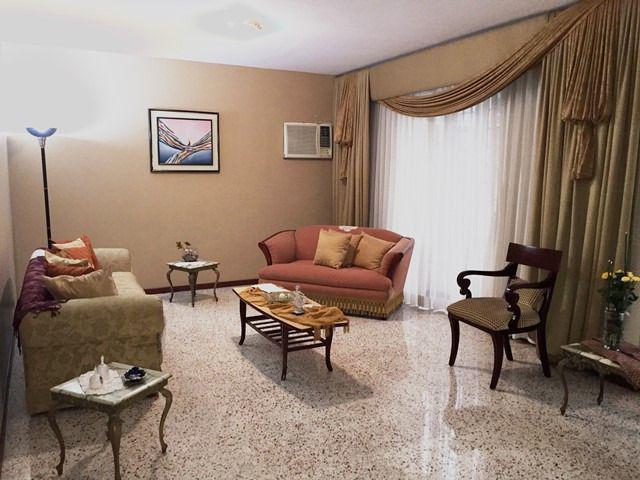Foto Casa en Venta en  Vía a la Costa,  Guayaquil  VENTA DE VILLA  EN AVENIDA LEOPOLDO CARRERA