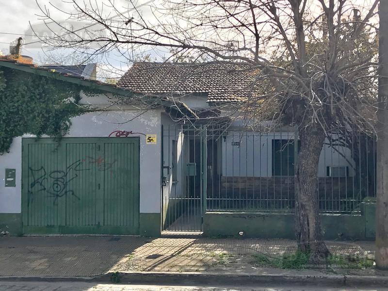 Foto Casa en Venta en  Adrogue,  Almirante Brown  DRUMOND 1251