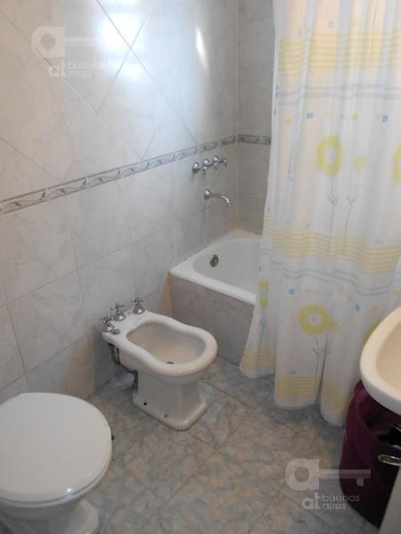 Foto Departamento en Alquiler temporario en  Almagro ,  Capital Federal  Diaz Velez al 3500, e/ M Bravo y Billinghurst