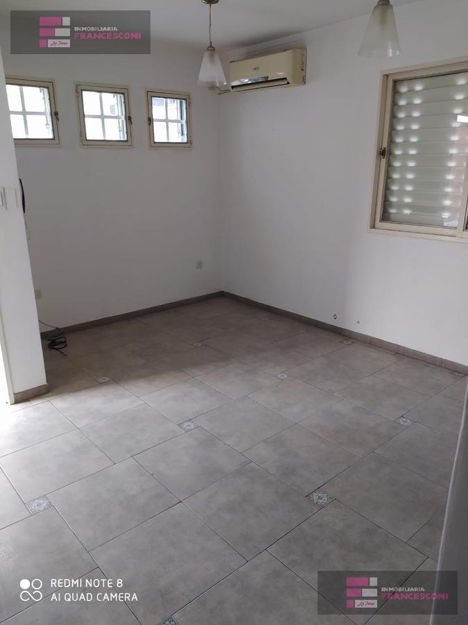 Foto Departamento en Alquiler en  La Plata ,  G.B.A. Zona Sur  37 29 y 30