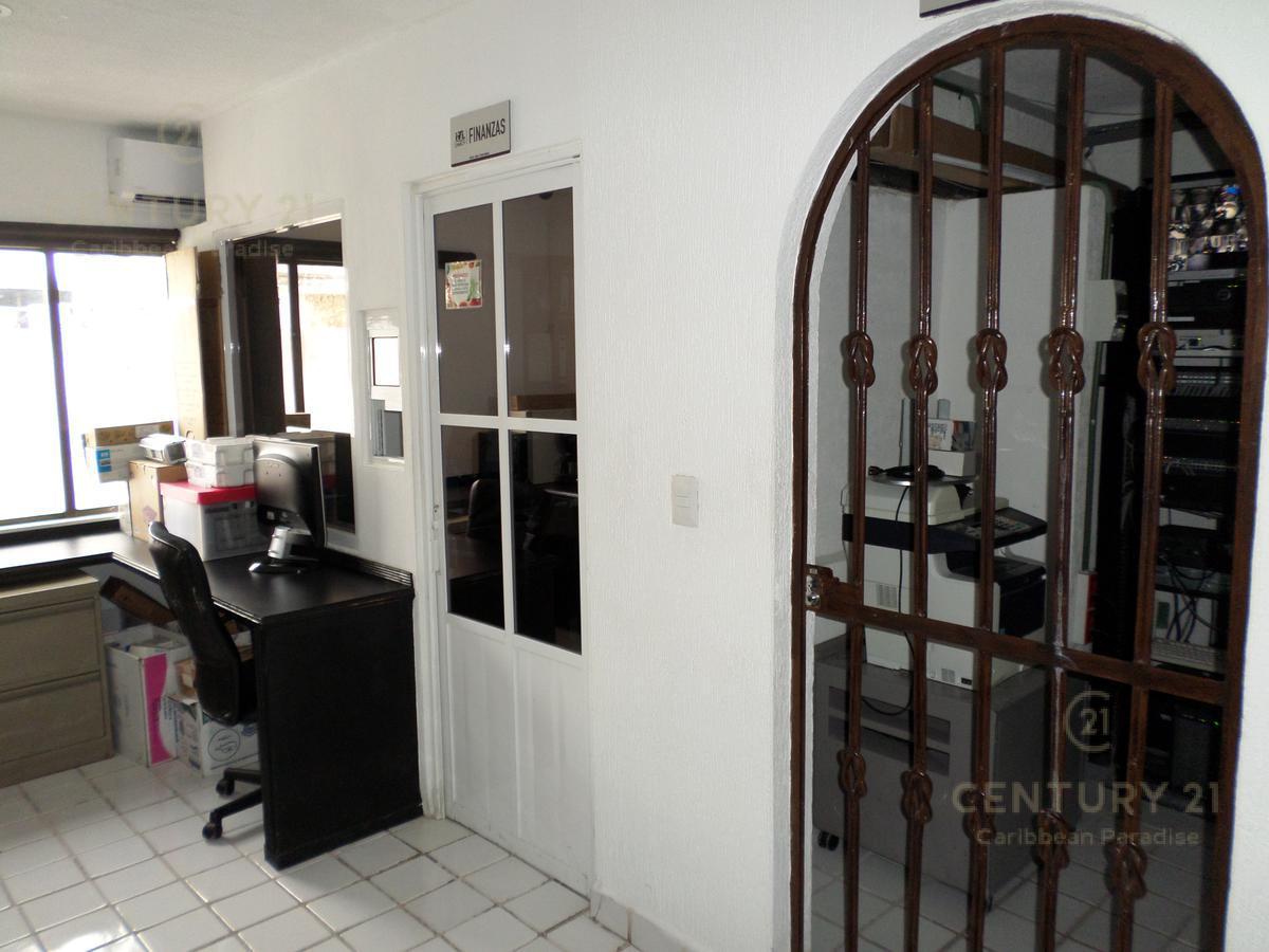 Foto Oficina en Venta en  Cancún ,  Quintana Roo  OFICINA DE 3 NIVELES EN VENTA CANCUN   CENTRO C2522