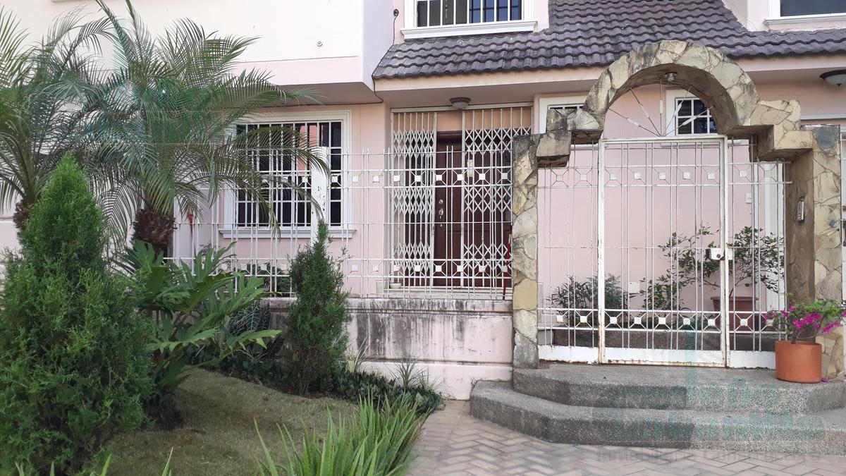 Foto Departamento en Venta en  Norte de Guayaquil,  Guayaquil    VENDO DEPARTAMENTO CON HERMOSA VISTA EN BELLAVISTA ALTA