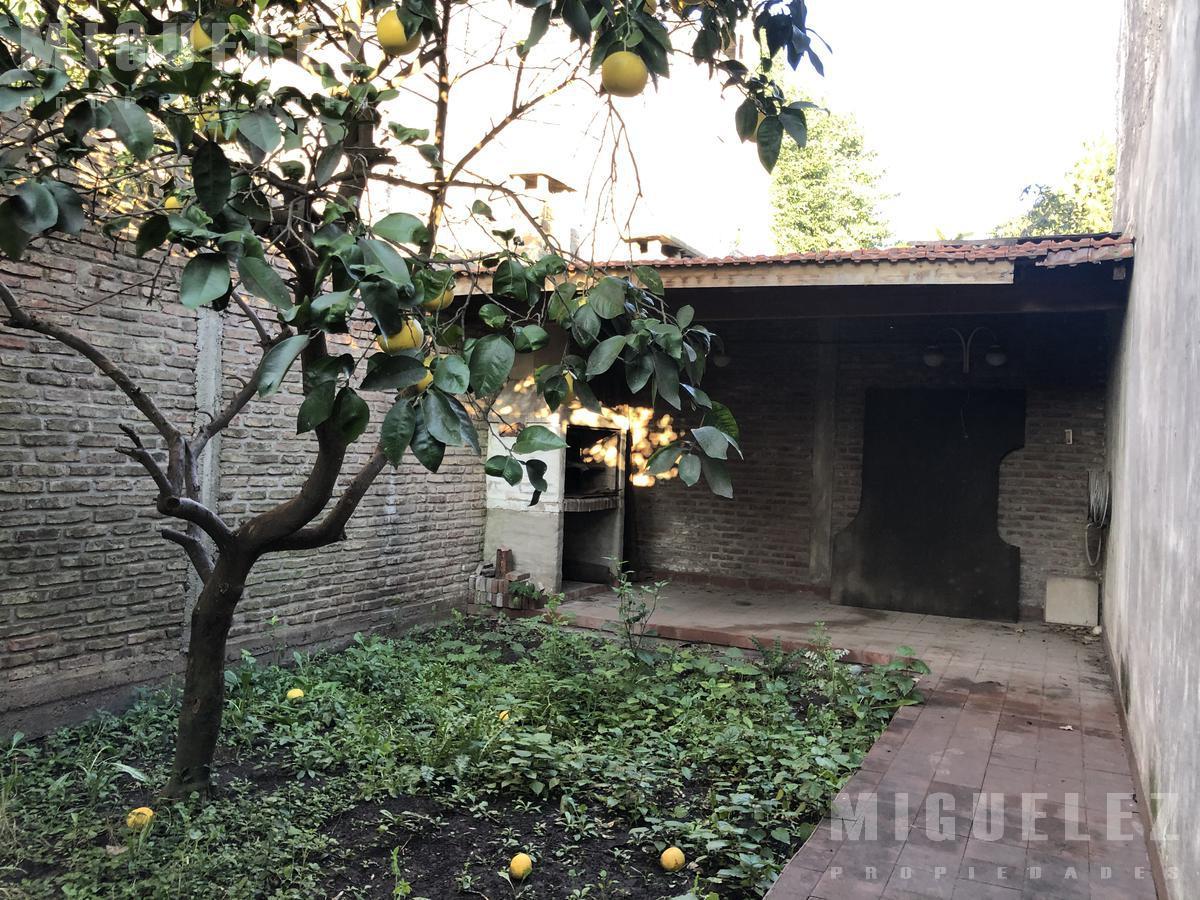 Foto Local en Venta en  Monte Grande,  Esteban Echeverria  GALPON EN VENTA, salta 1512, monte grande