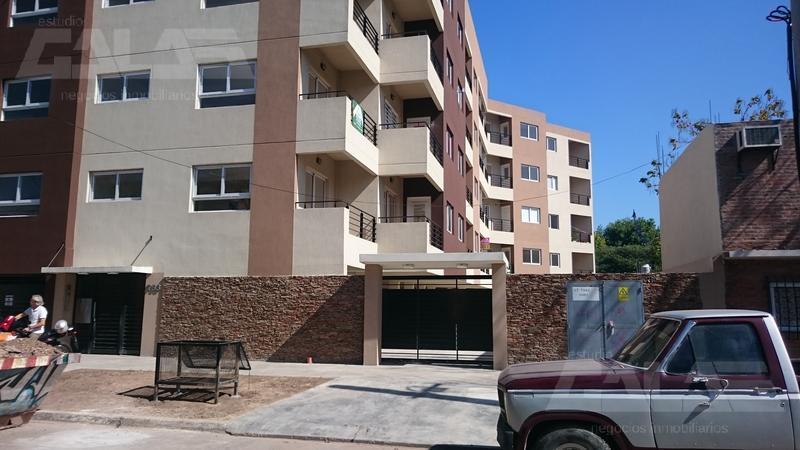Foto Departamento en Venta en  Merlo ,  G.B.A. Zona Oeste  Av. Argentina al 700