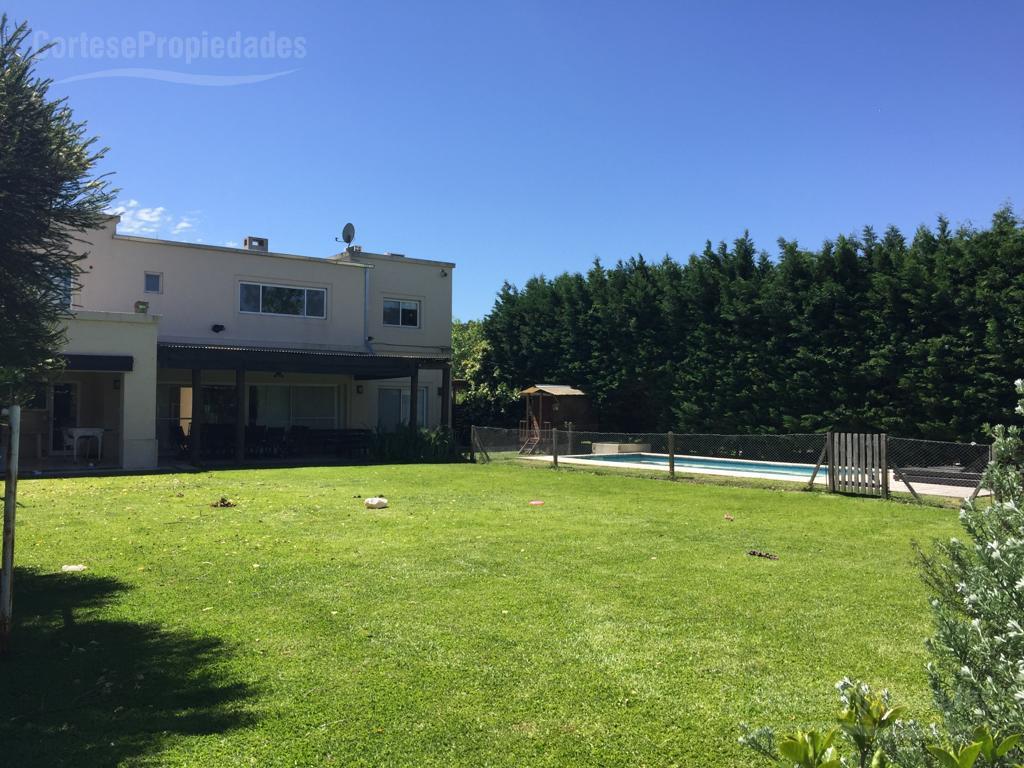Foto Casa en Alquiler temporario en  Villanueva,  Countries/B.Cerrado  Barrio Santa Catalina lote interno