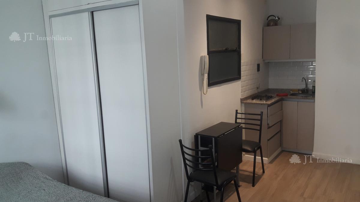 Foto Departamento en Venta en  Barrio Norte ,  Capital Federal  Azcuénaga 1391 3º B