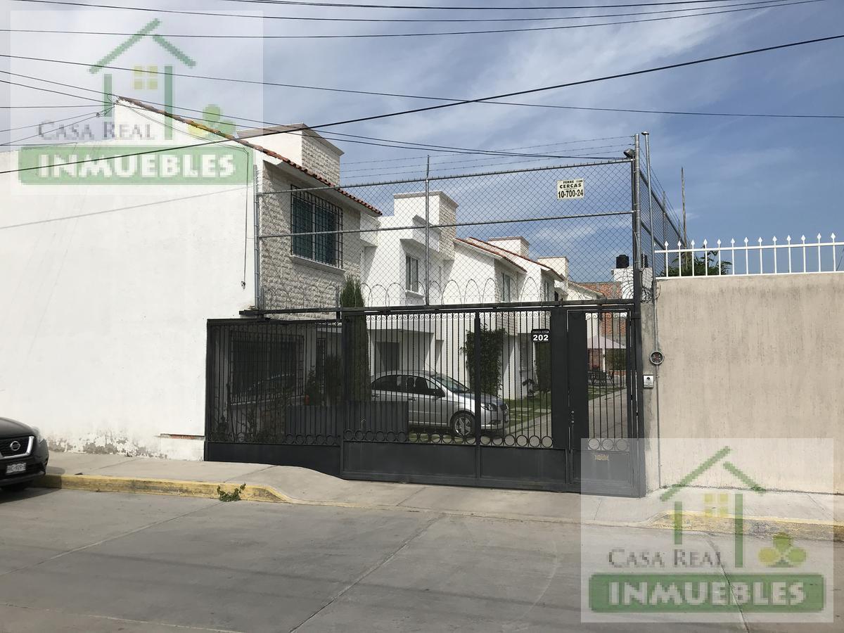 Foto Casa en Renta | Venta en  Carlos Rovirosa,  Pachuca  Casa en Fracc. Carlos Ruvirosa en Pachuca, Hgo.