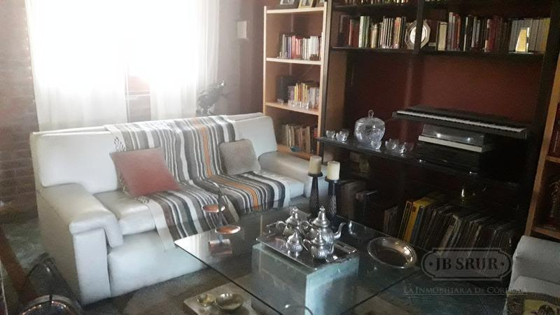 Foto Casa en Venta en  San Salvador,  Cordoba  Dean Funes al 3900
