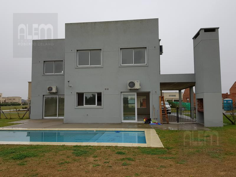 Foto Casa en Alquiler en  El Rebenque,  Canning  El Rebenque