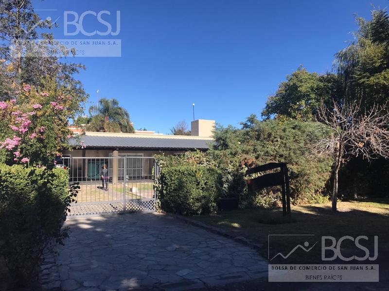 Foto Casa en Venta en  Santa Lucia ,  San Juan  Bº Quintas del Libertador.