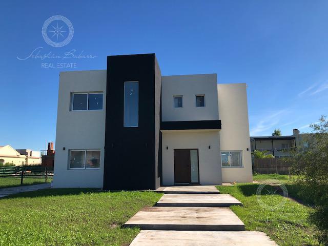 Foto Casa en Venta en  Los Talas ,  Canning  Barrio Los Talas